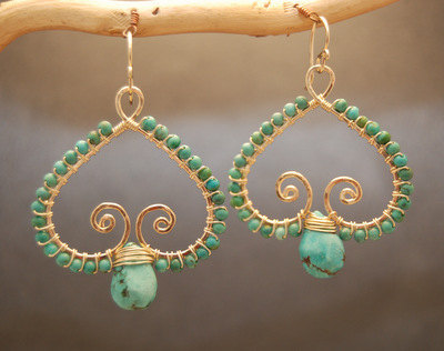 Luxe Bijoux 100 Hammered swirl earrings with blue turquoise